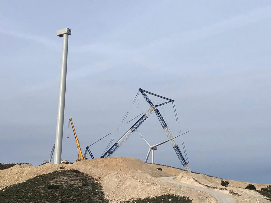 Montagem Eólica em Saragoça - Espanha